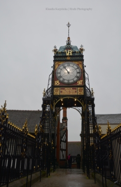 Eastgate Clock (II)