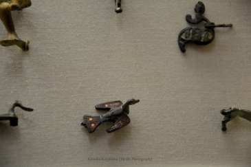Bird-shaped brooch (III)