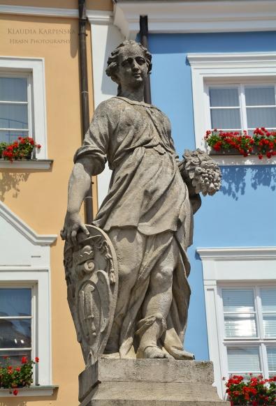 Statue at the Main Market Square