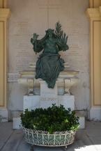 Friedmann family grave monument