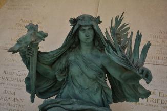 Friedmann family grave monument (III)