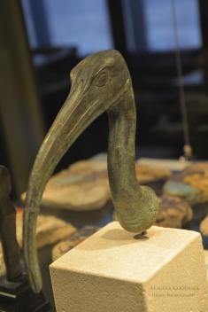 Head of ibis figurine