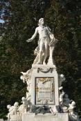 Mozart Monument (II)