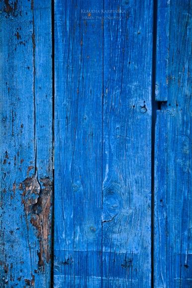Old shutter (II)