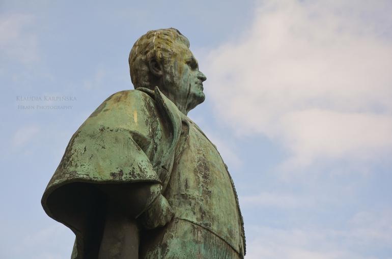 Bjørnstjerne Bjørnson monument av Stephan Sinding